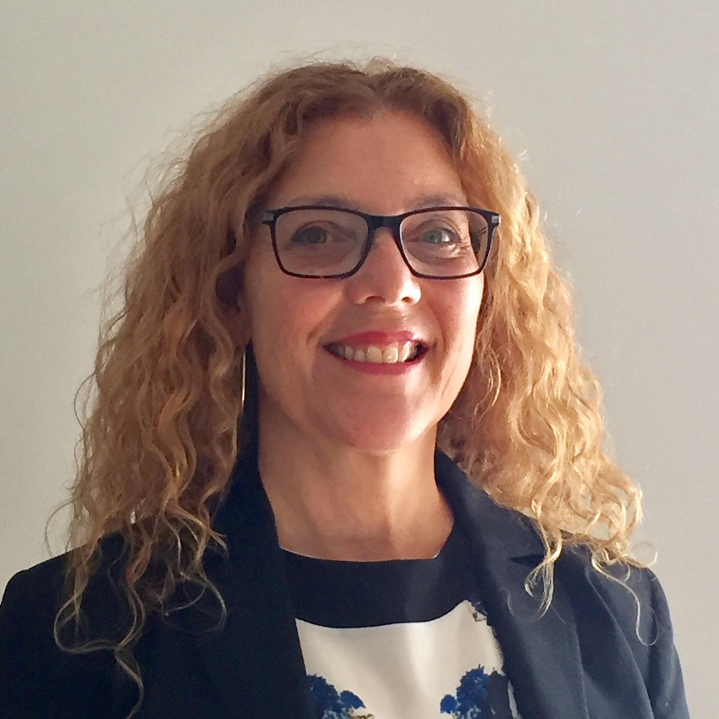 Carole Vincent (Moderator/ Modératrice)