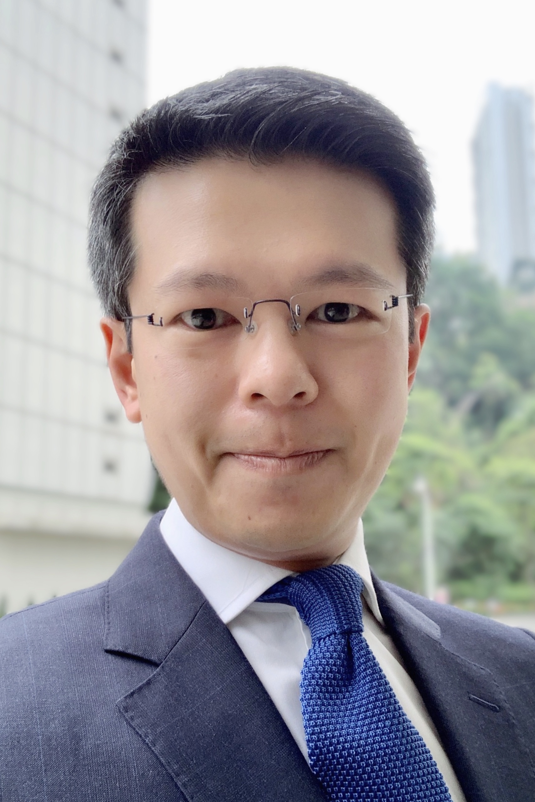 Dr. Gabriel Hung