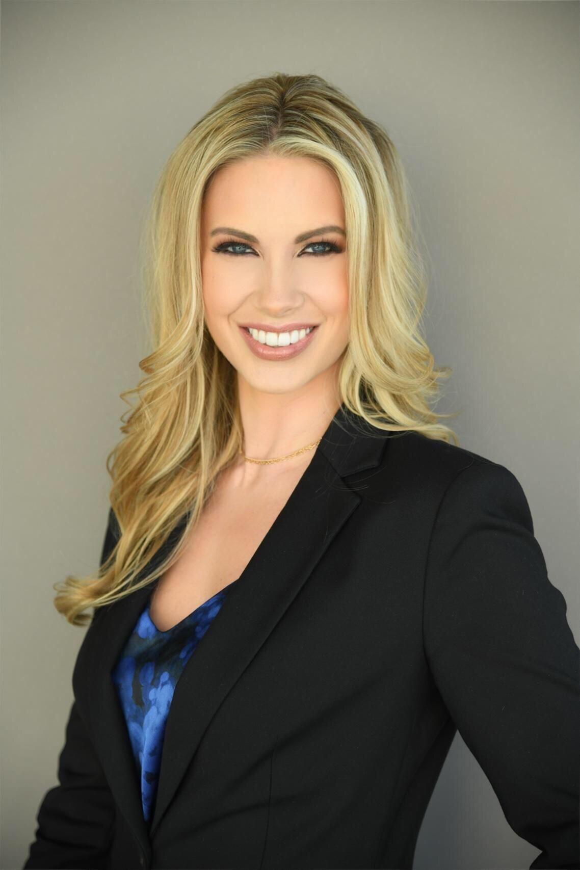 Kim Lyon