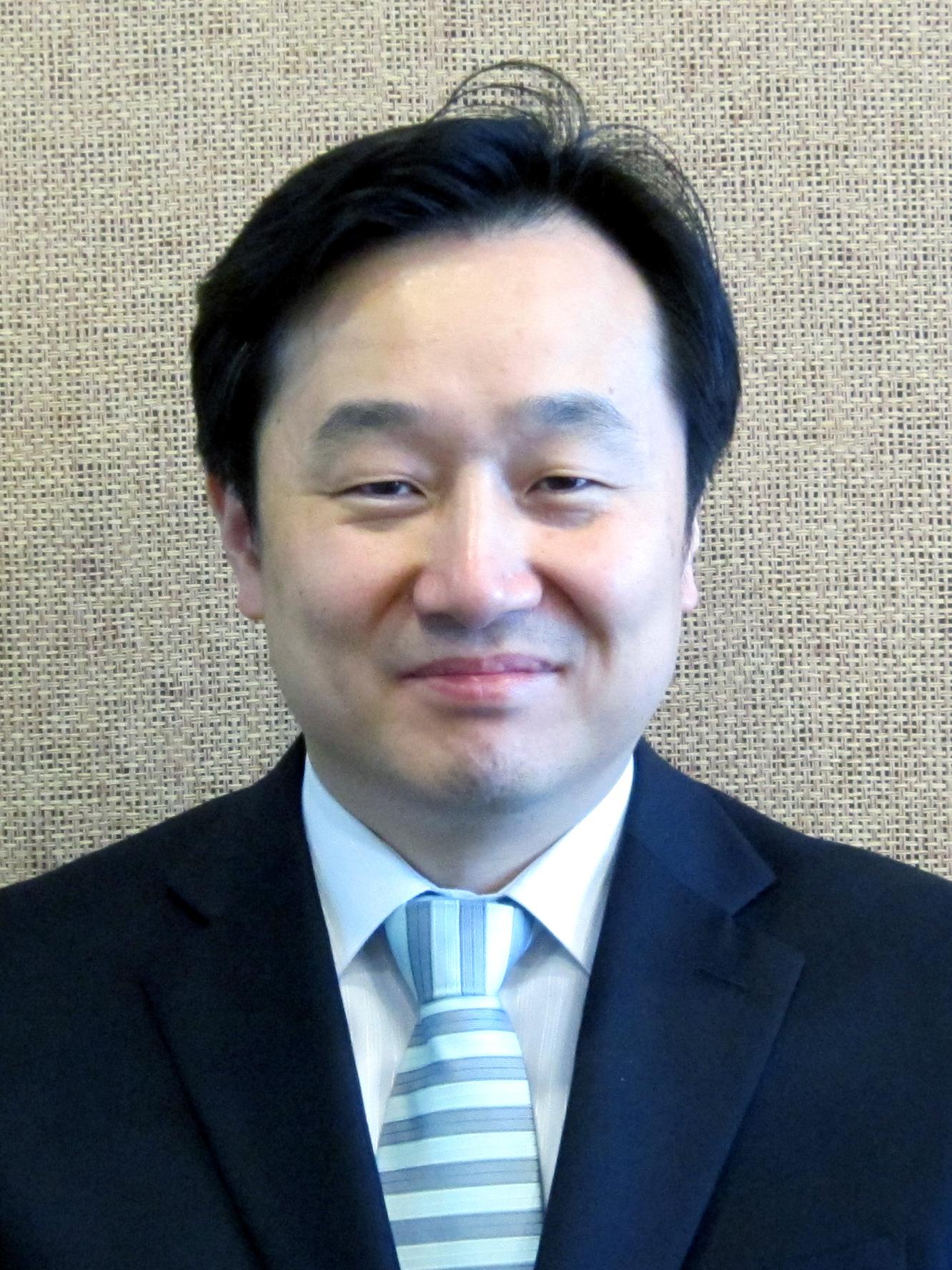 Sung-Bin Kim