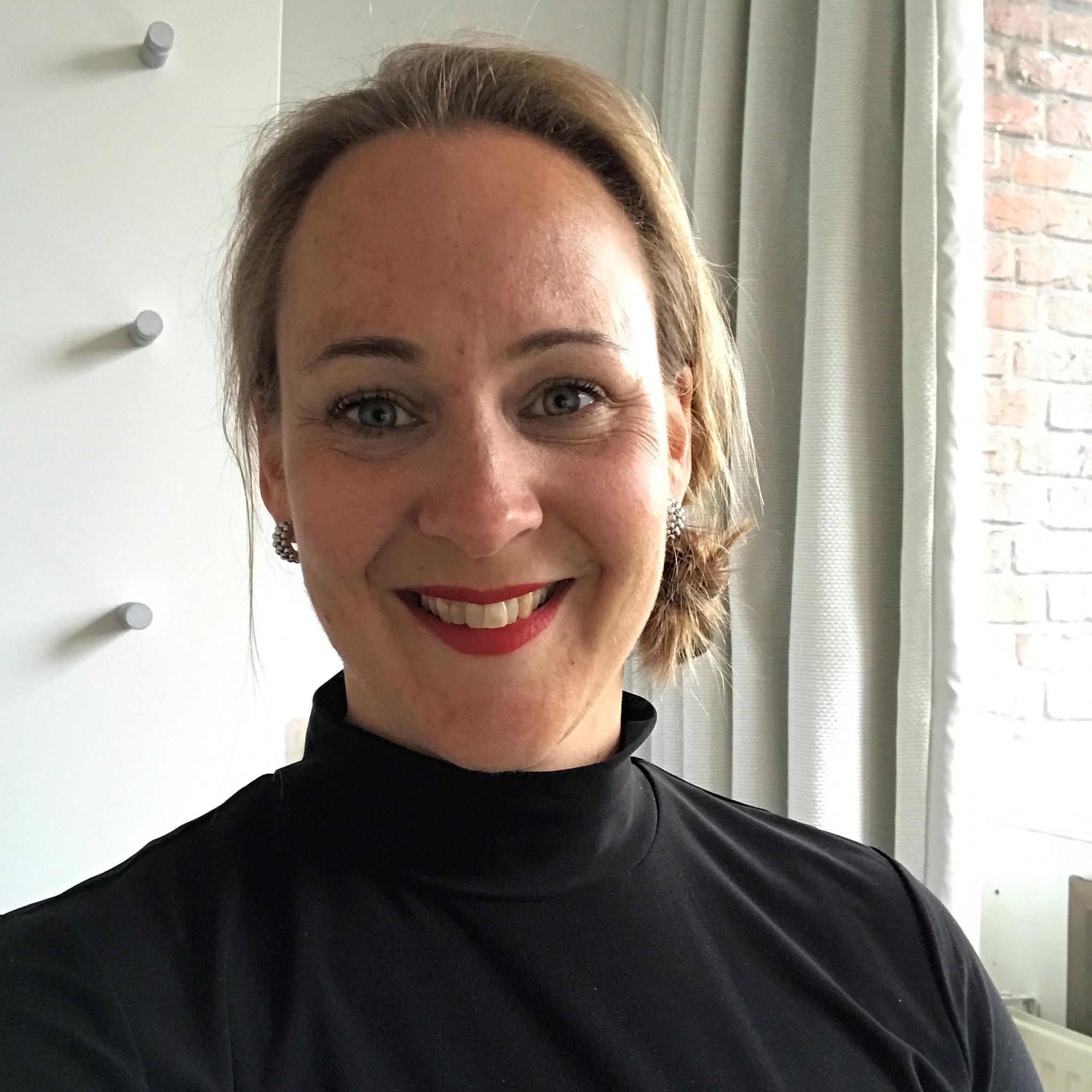 Daphne Swart