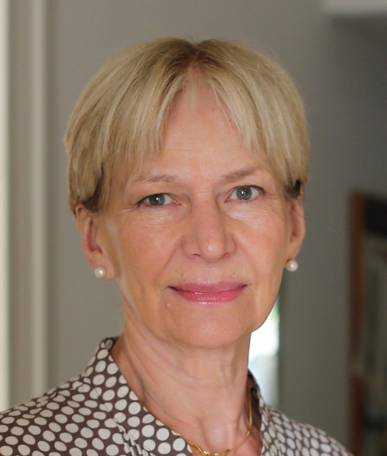Isabel Hilton