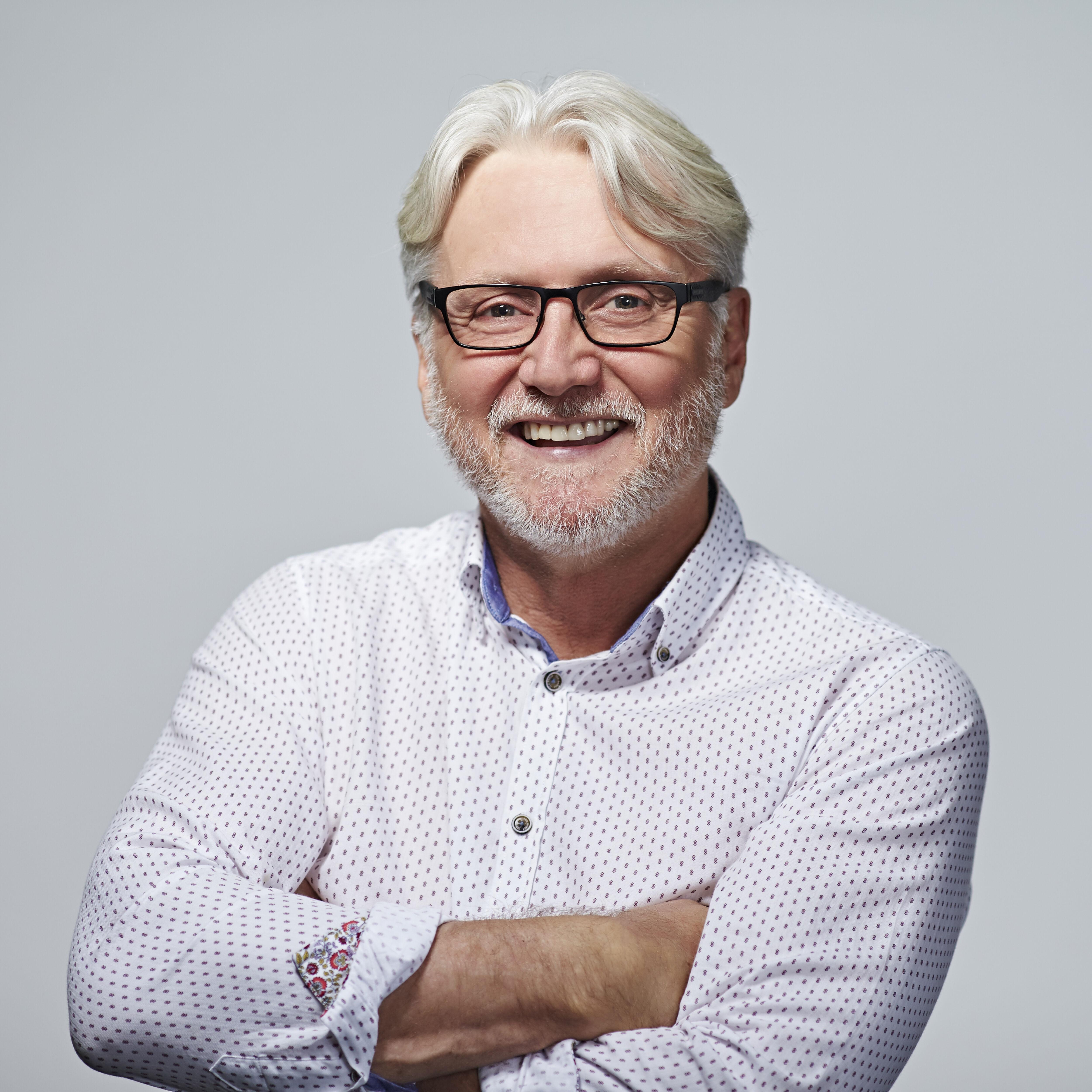 Ross Hutchens
