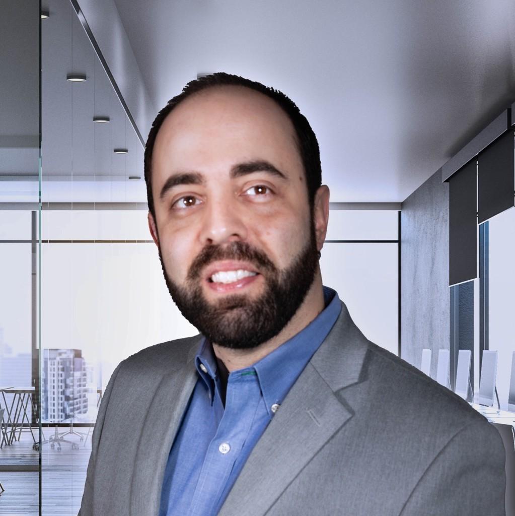 Alberto Cozer