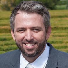 Julio Pernia