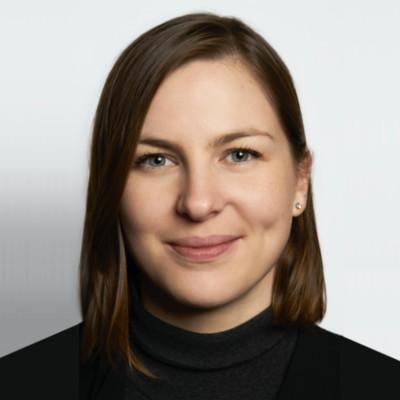 Iris Latour