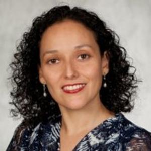 Dr. Claudia Rosales