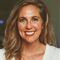 Lauren Crowe