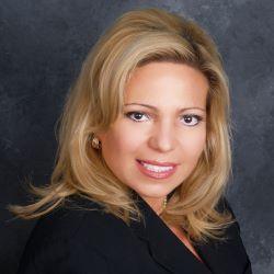 Alessandra Lezama