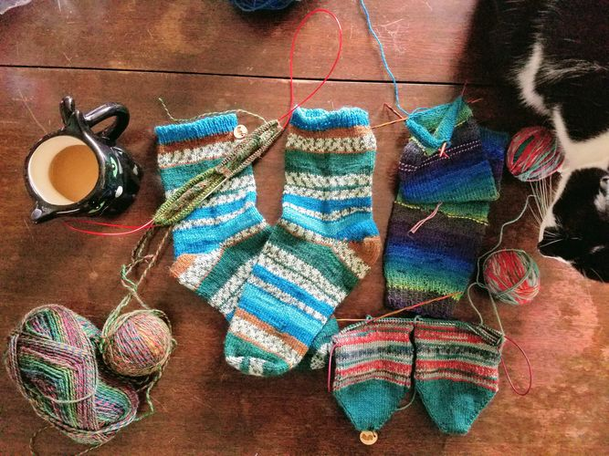 Two at a Time Toe-Up Sock Knitting