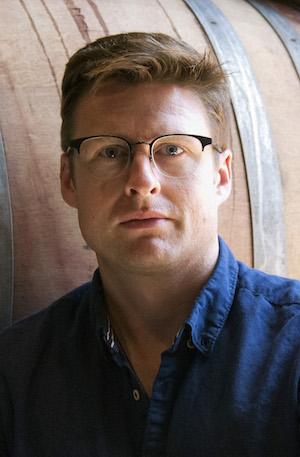 Robin Akhurst