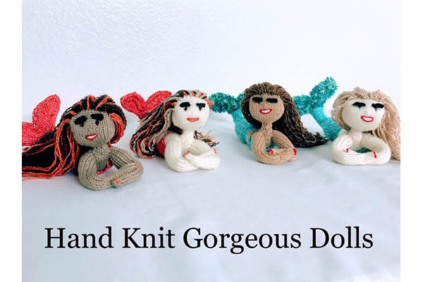 Hand Knit Gorgeous Dolls