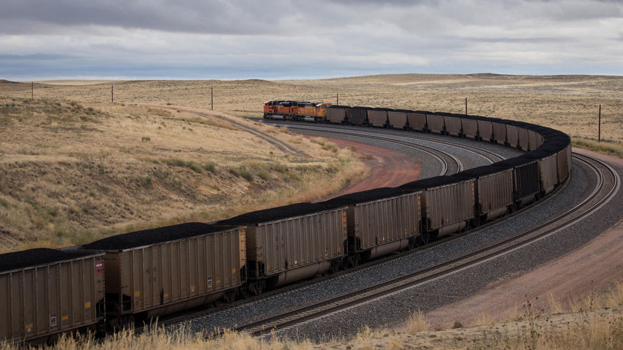 train-carries-coal-across-wyoming