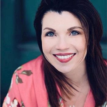 Laura Dickey