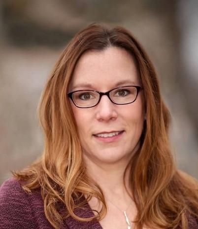 Amy Arenz
