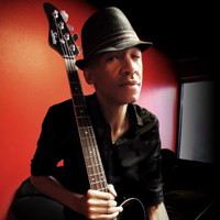 dUg Pinnick