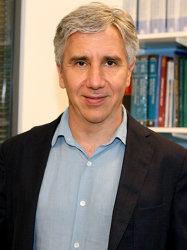 Majid Ezzati