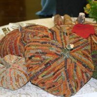 Wooly Pumpkin Patch - Rug Hooking
